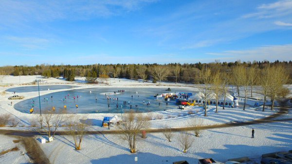 6th Annual Peace Hills/Central Social Hall Pond Hockey Championships